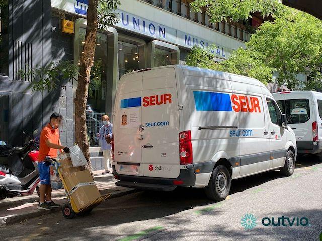 Cómo enviar con SEUR: guía de envíos económicos para ecommerce y tiendas online